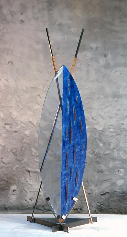 Bouclier I, réf. 99/13. épreuve 1/1. 05/1999 dimensions 60x54x160 cm