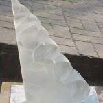 Cascade, Sculpture de Bernard Chasteau. 03/2002