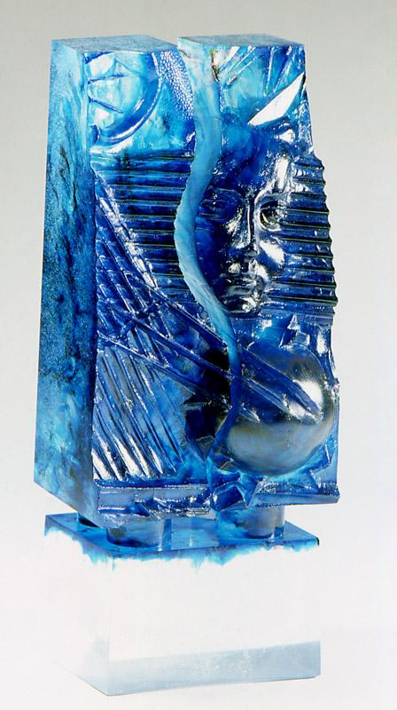 Empreinte V, Modèle de 1991 réf. 667AEL. 1/8. 08/1991 dimensions 14x12x34 cm