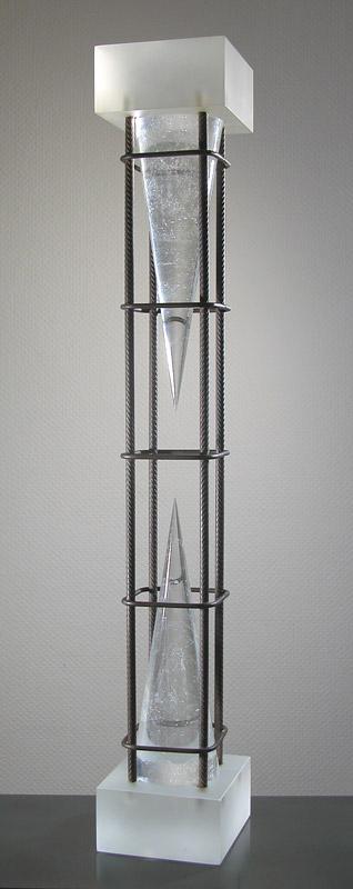 Ombre sablier I, réf. 93/04. épreuve 1/1. 09/1993 dimensions 14x13x81,5 cm