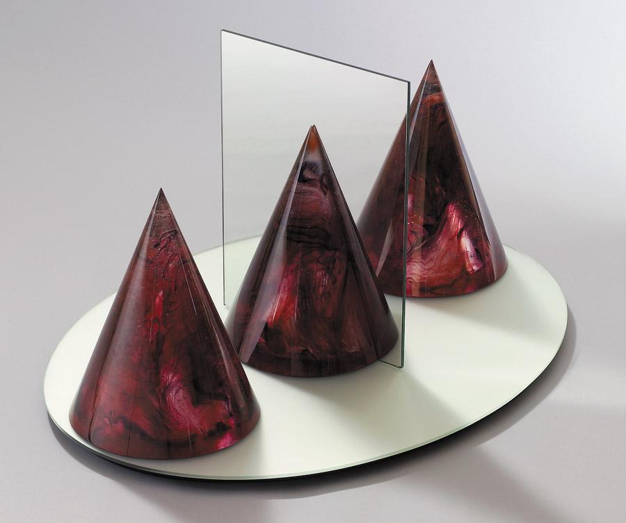 Ombres réfléchies II, Avec miroir réf. 93/07. épreuve 1/1. 11/1993 dimensions 80x60x40,5 cm Photo Fréderic Jaulmes
