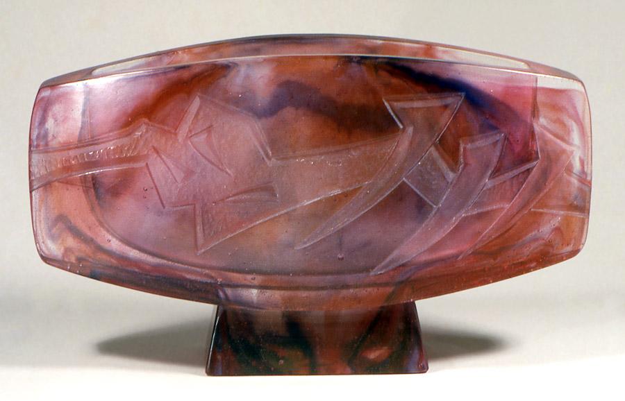 Vase Alphée, Modèle de 1985 réf. 328AEL. 12/1986 dimensions 33x7,5x19 cm