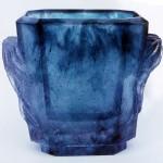 Vase aux drapés, Modèle de 1981 réf. 092A. 01/1984 dimensions 17x10,5x14 cm