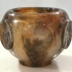 Vase Manhattan, Modèle de 1981 réf. 149A. 09/1984 dimensions 16x16x12,5 cm